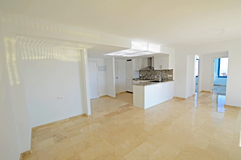 Penthouse with panoramic views in Benidorm 18255