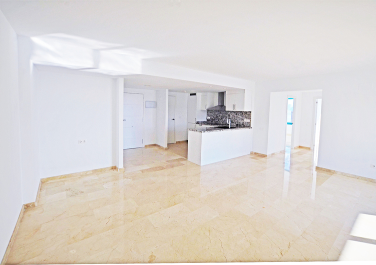Penthouse with panoramic views in Benidorm 18258