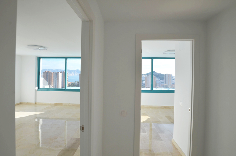 Penthouse with panoramic views in Benidorm 18270