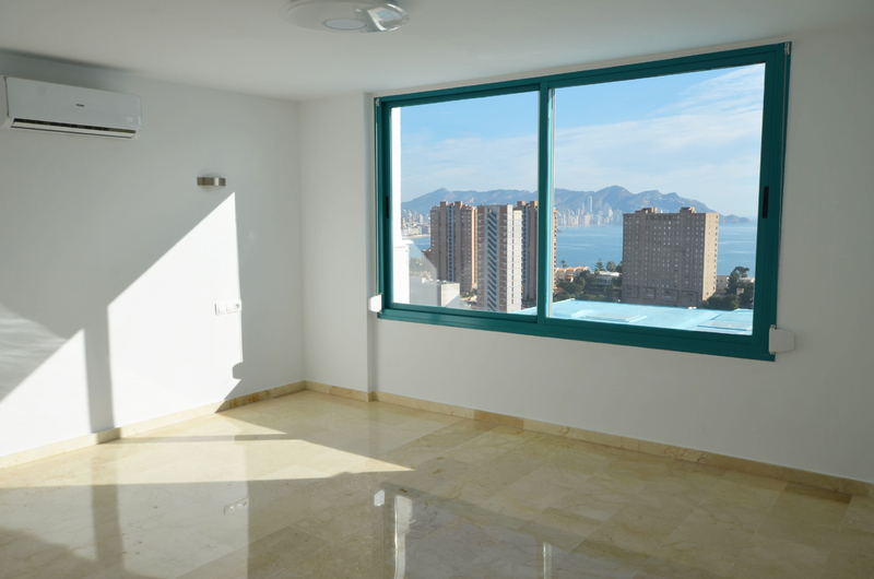Penthouse with panoramic views in Benidorm 18271