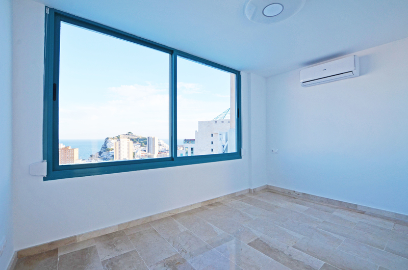 Penthouse with panoramic views in Benidorm 18279