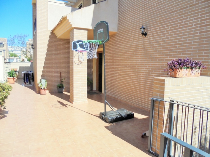 Townhouse in Alicante 1218