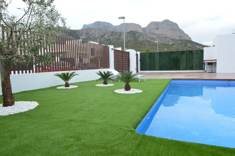 Villas in La Nucia and Polo 1420