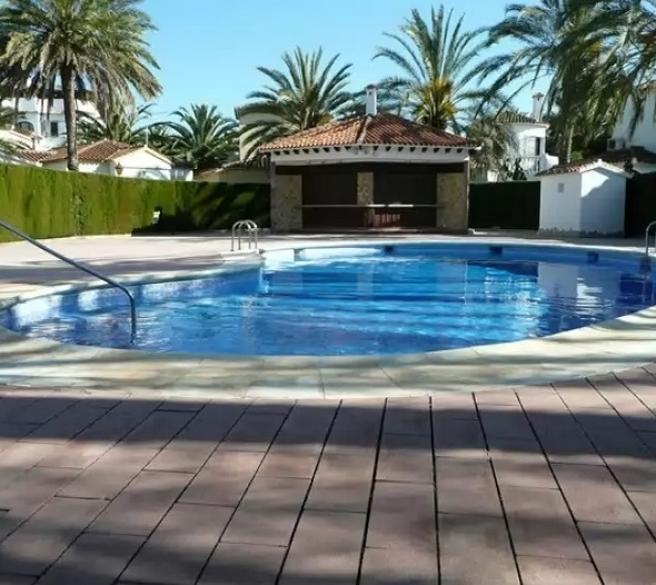 Bungalow in Denia by the sea 1733