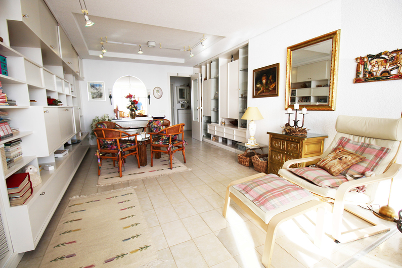 Apartment on the beach Poniente 4565