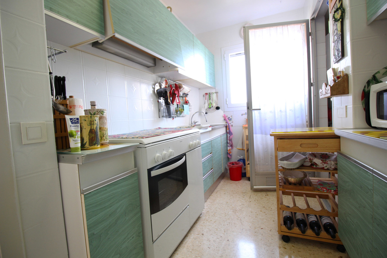 Apartment on the beach Poniente 4575