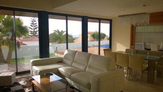 Villa in modern style of Calpe 4796