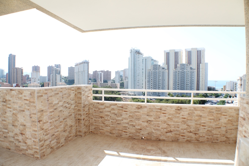 Penthouse with sea view 5043