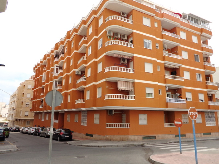 Apartment in excellent condition in Torrevieja 6652