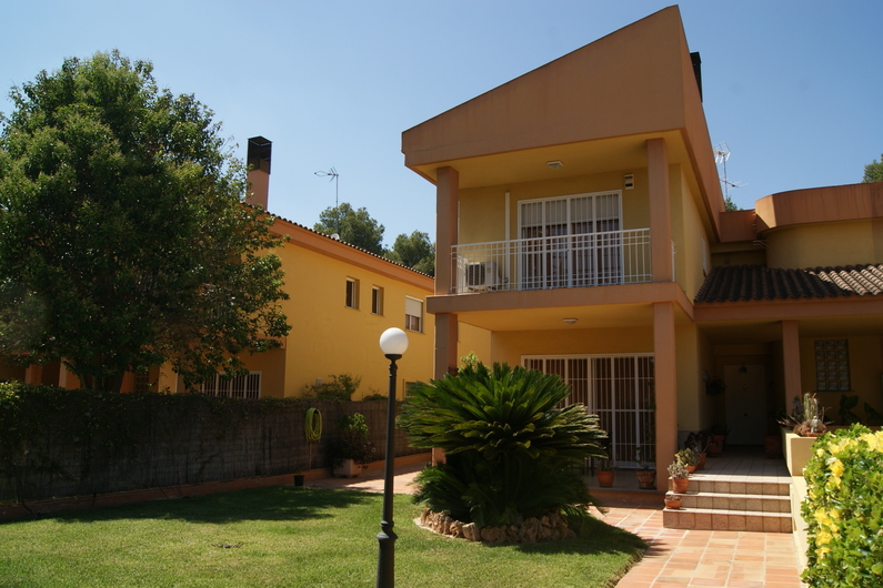 Villa 20 min from the center of Valencia 6670