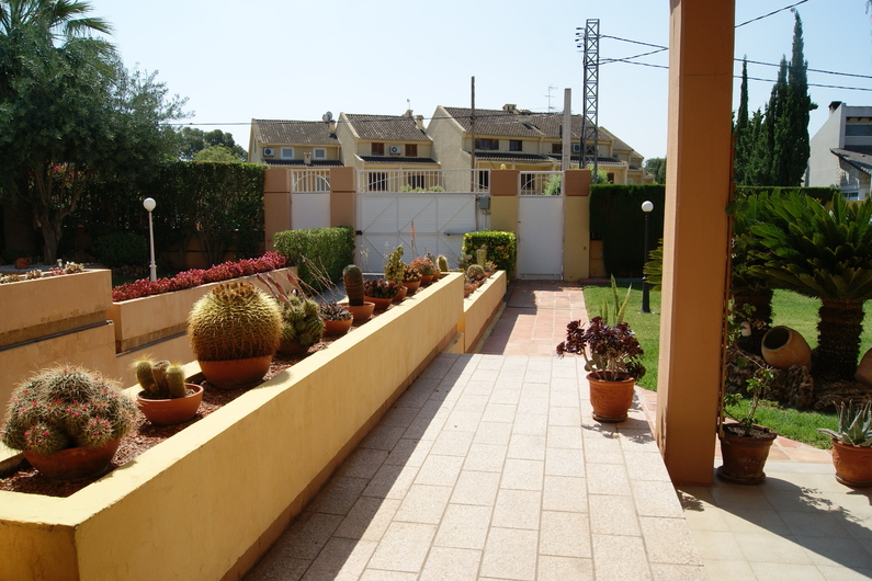 Villa 20 min from the center of Valencia 6676