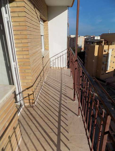 Apartment in Alicante completely renovated 7583