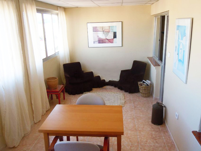 Apartment in Alicante on the 8th floor 7656
