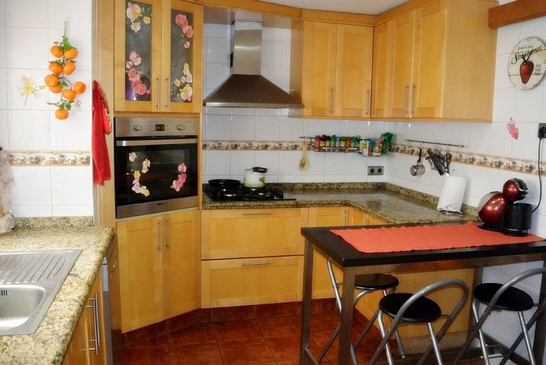 Spacious apartment in Denia 8178
