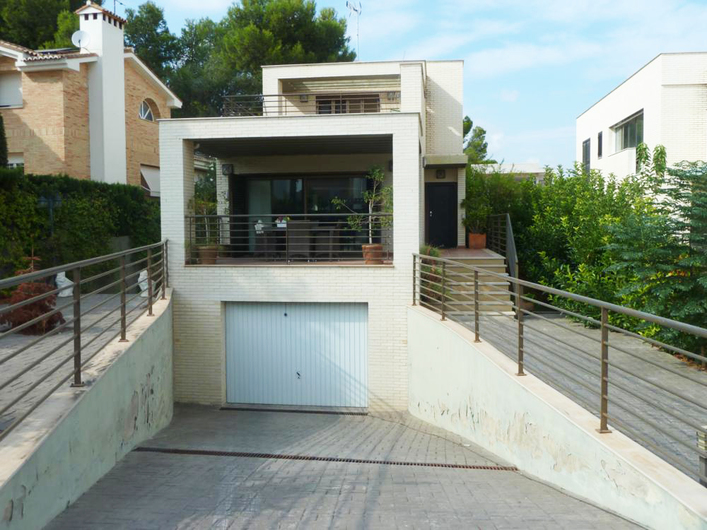 Villa in the style of High-Tech La Cañada, Paterna 8677