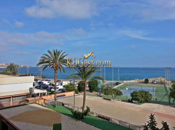 Apartments in Alicante on the first line 9396