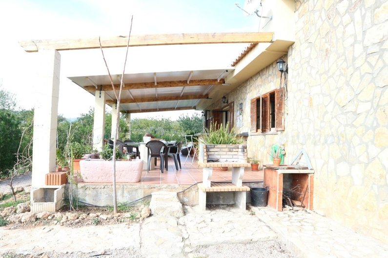 Country house with stable in Chiva 10160