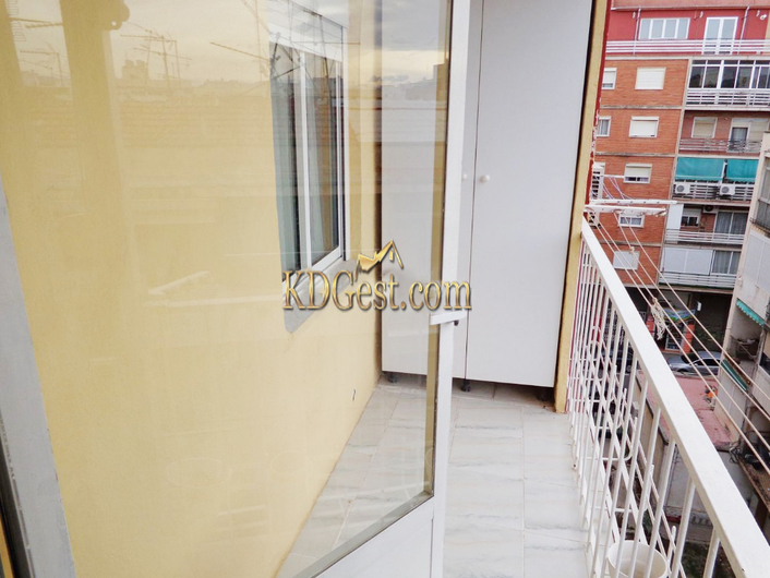 Apartment in Alicante with lift 10611
