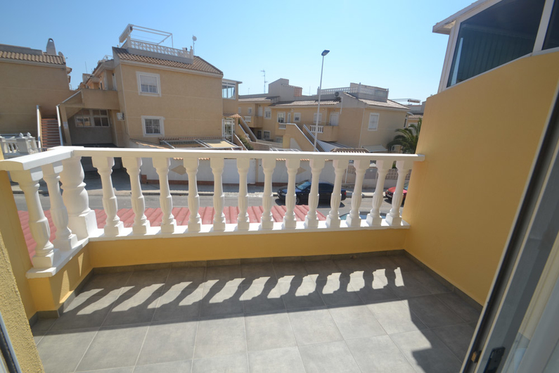 Bungalow on the beach of La Mata 11305