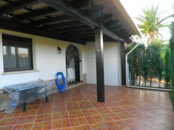 Bungalow in Denia next to the beach 11382