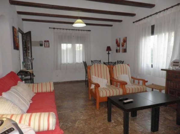 Bungalow in Denia next to the beach 11384