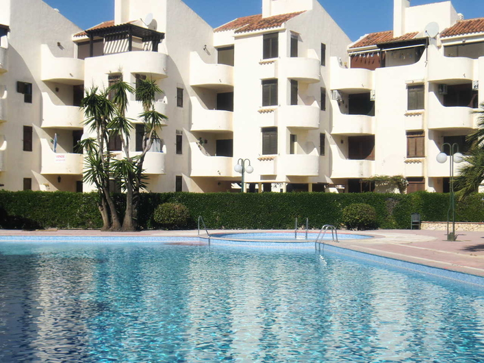 Apartment next to one of the best beaches in Denia. 16582