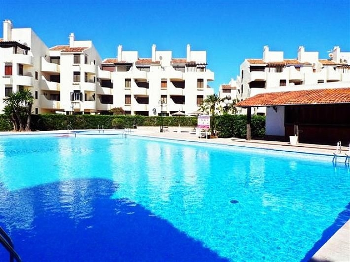 Apartment next to one of the best beaches in Denia. 16584