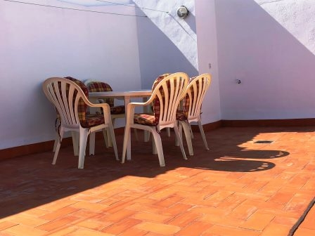 Apartment in Las Marinas beach area, urbanization with pool and parking. 16601